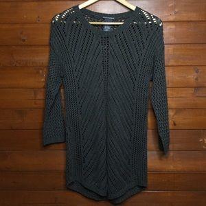 Chelsea & Theodore Crochet Sweater Size Medium